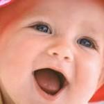 oynayan bebek