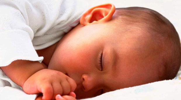 Bebek Gelişimi 7. Ay 1. Hafta