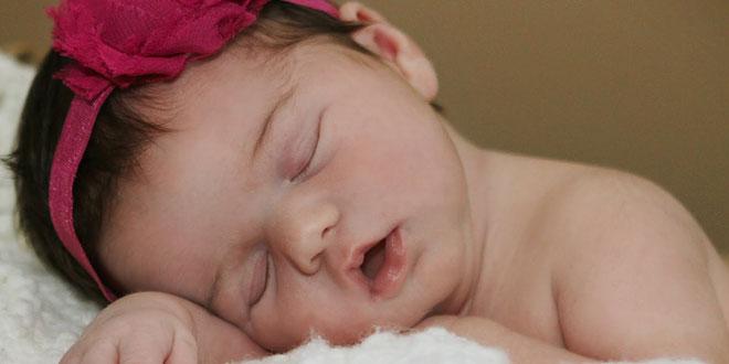Bebek Gelişimi 7. Ay 4. Hafta